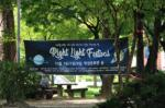 The banner displayed in front of the forest at the Student Union Building highlighted the Right Light Festival of unextinguished light of rights. Photo by Choi Kyu-min.