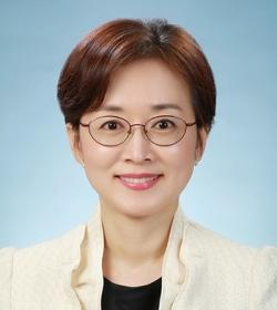 Jieun Lee. Professor, Graduate School ofTranslation and Interpretation.