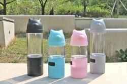 Daengbler, a multifunction tumbler for dogs released by PETODAY that holds water, waste bags, and snacks. Photo provided by PETODAY.