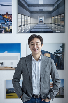 Architect Yoo Hyun-joon, professor at Hongik University, a vocal critic of the architecture in Korea.Photo provided by Yoo Hyun-joon